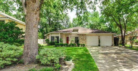 2914 Parkwood Manor Dr, Houston, TX 77339