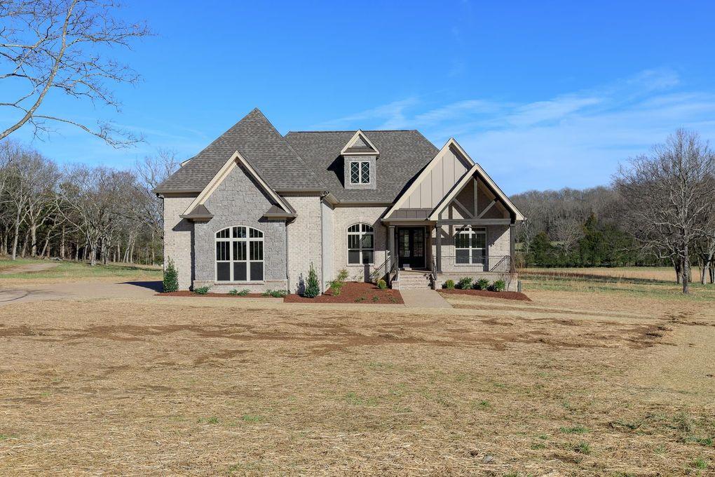 1730 Dillon Rd, Milton, TN 37118