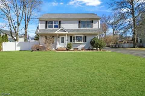 Photo of 7 Harvard Way, Oakland, NJ 07436