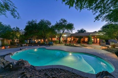 3250 N Riverbend Cir E, Tucson, AZ 85750