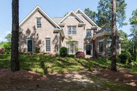 100 Stafford Ct, Southern Pines, NC 28387