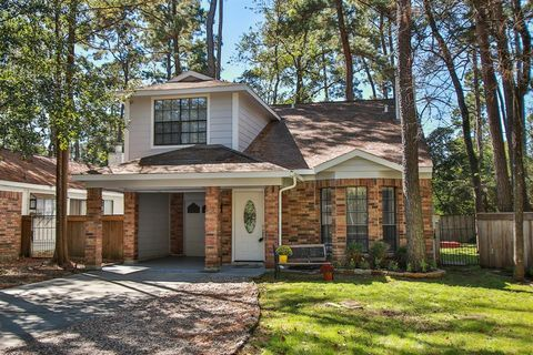 Photo of 22 Abbey Brook Pl, The Woodlands, TX 77381