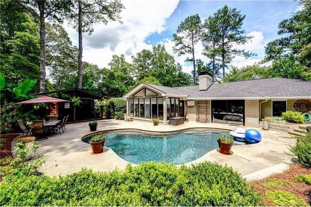 95 laurel dr ne atlanta ga 30342 home for sale real estate
