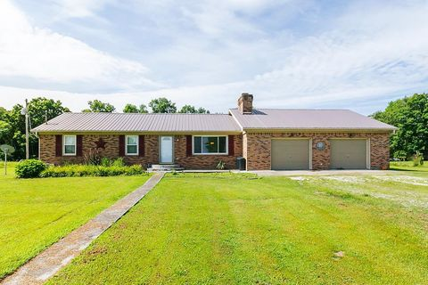 Fantastic Madison County Ky Real Estate Homes For Sale Realtor Com Home Interior And Landscaping Spoatsignezvosmurscom