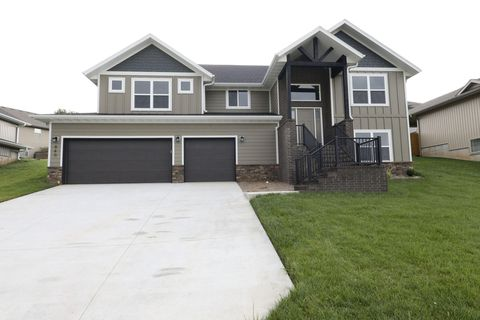 Photo of 840 S Black Sands, Nixa, MO 65714