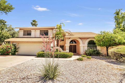 Photo of 1902 E Caroline Ln, Tempe, AZ 85284