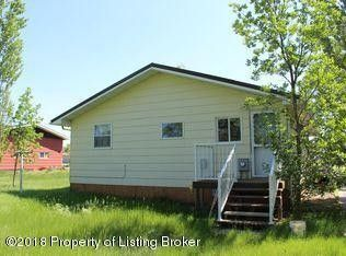 105 4th St Sw, Parshall, ND 58770
