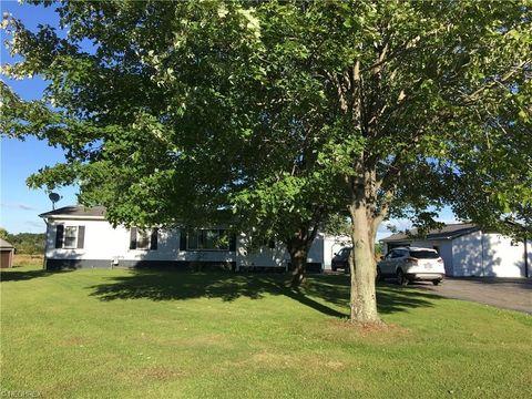 6420 Stoddard Hayes Rd, Farmdale, OH 44417