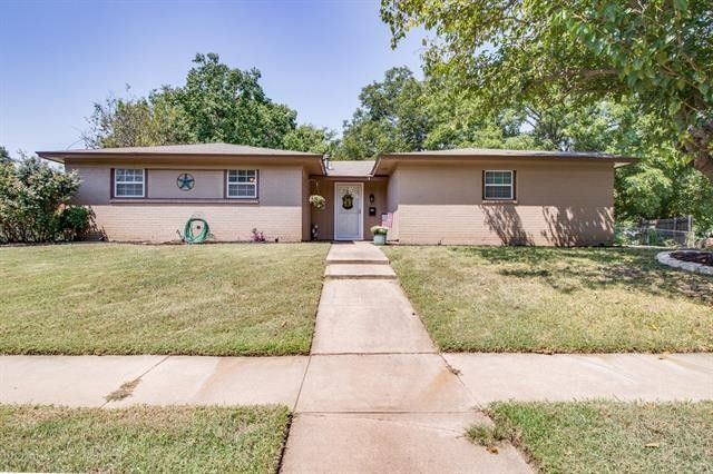 Homes For Sale In Burleson Tx Area