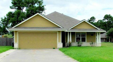 2211 Springwood Dr, Brenham, TX 77833