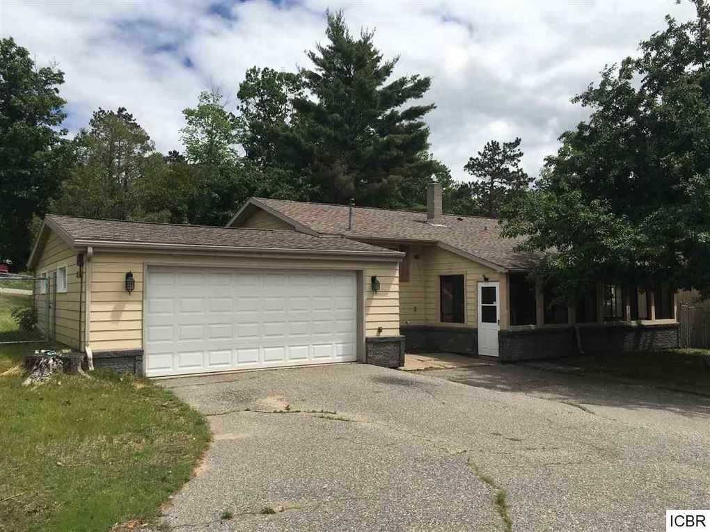 2214 Norway St, Grand Rapids, MN 55744 - realtor.com®
