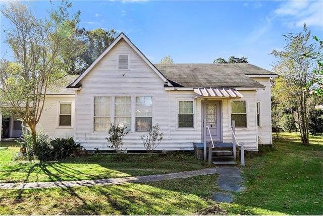 bogalusa la homes with 504 Kentucky Ave Bogalusa La 70427 M88693 22046 on 14296 Hwy 21 Highway  878222 further 21010 Hwy 436 Highway  879121 as well 1205 Lona Rester Place  969168 moreover Peach Orchard Dr Bogalusa LA 70427 M71030 66259 besides Franklinton.
