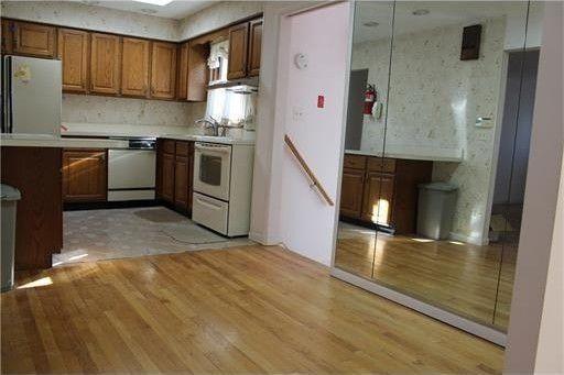 137 Talmadge Ave, Iselin, NJ 08830