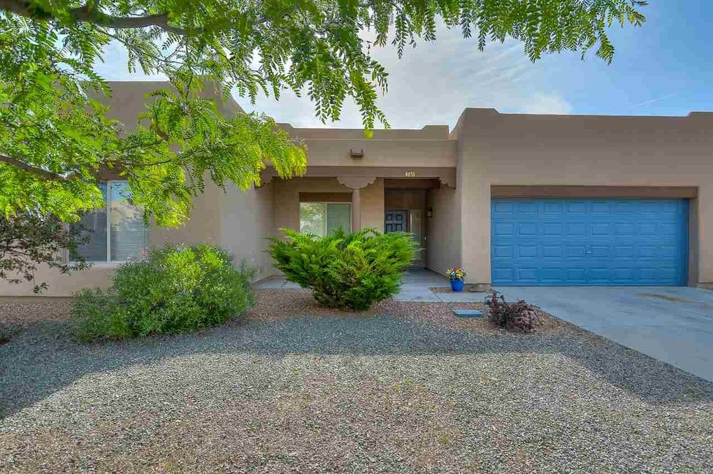 4651 Solecito Loop Santa Fe, NM 87507