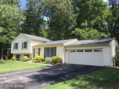 waldorf md houses for sale with swimming pool