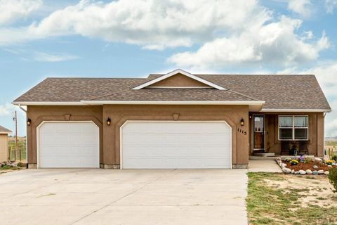 1115 E Jaroso Dr, Pueblo West, CO 81007