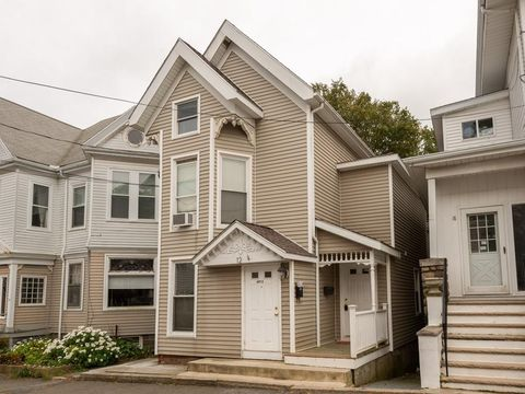 Photo of 12 Granite St Unit 1, Gloucester, MA 01930