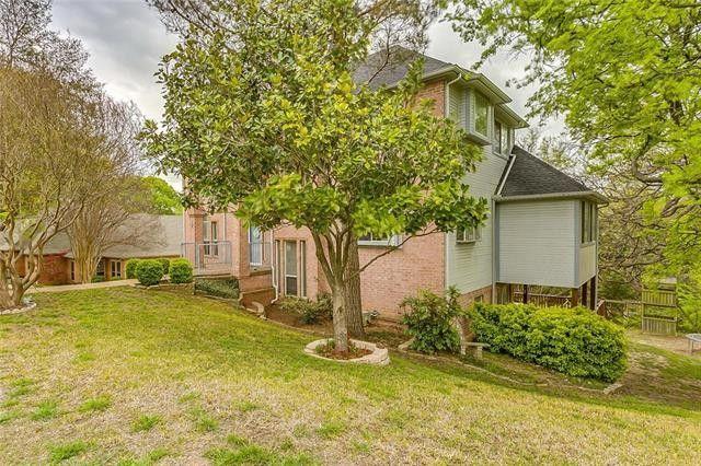 11609 Blue Creek Dr, Fort Worth, TX 76008