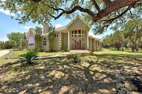 700 Ridge Oak Dr, Wimberley, TX 78676