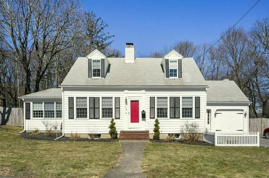 972 Commercial St, Weymouth, MA 02189