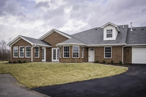 Photo of 10208 Valkyrie Ct, Louisville, KY 40272