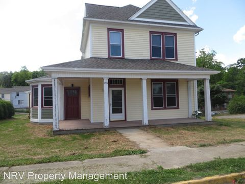 Photo of 1719 Grove Ave, Radford, VA 24141
