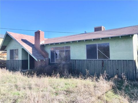 1760 7th St, Oroville, CA 95965
