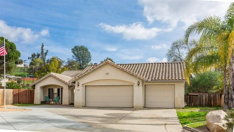 12088 Sterling Hill Ln, Lakeside, CA 92040