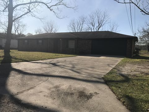 Photo of 4197 W Bayou Ave, Moss Point, MS 39563
