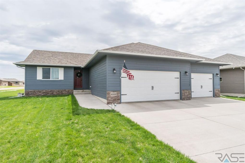 4000 S Homerun Ave, Sioux Falls, SD 57110