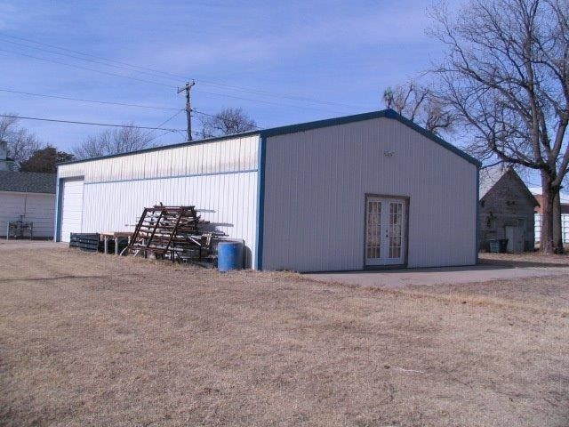 905 Kansas Ave Great Bend, KS 67530