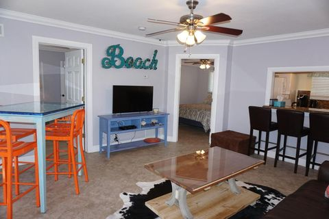 49 Se 7th Ave Apt 1, Delray Beach, FL 33483