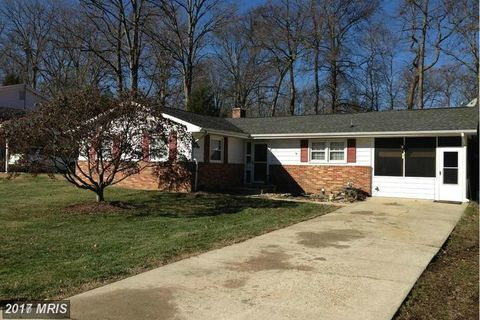 7 Woodsome Dr, Indian Head, MD 20640