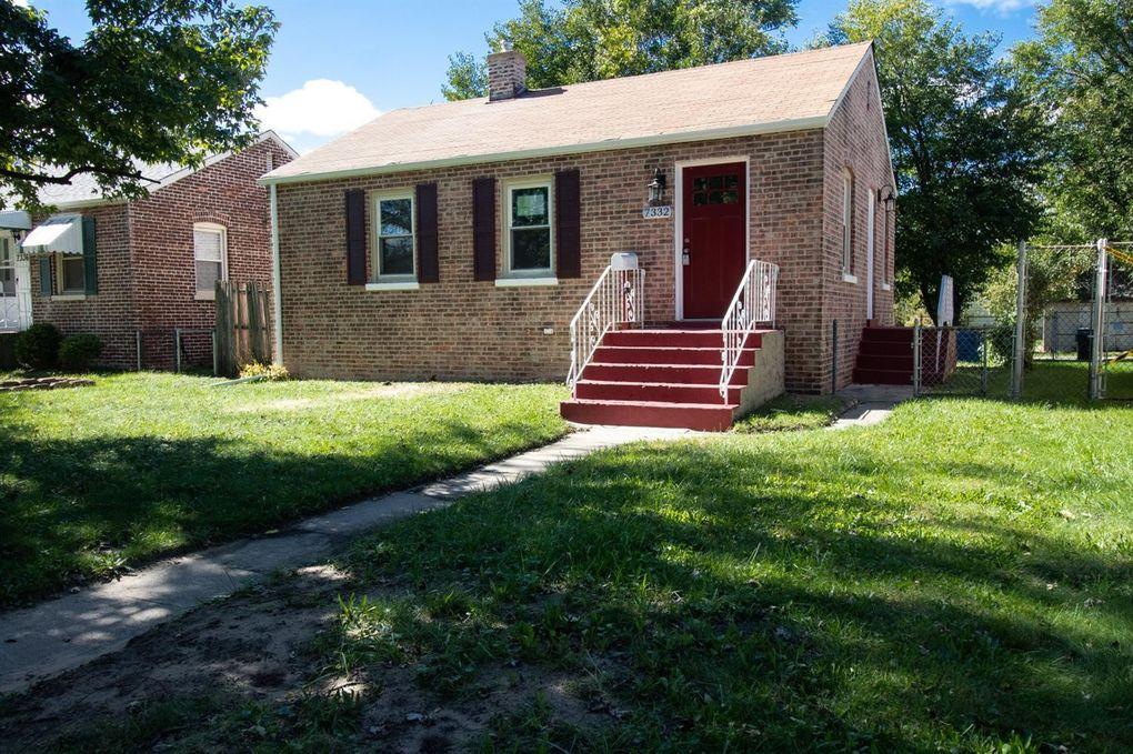 7332 Oakdale Ave, Hammond, IN 46324