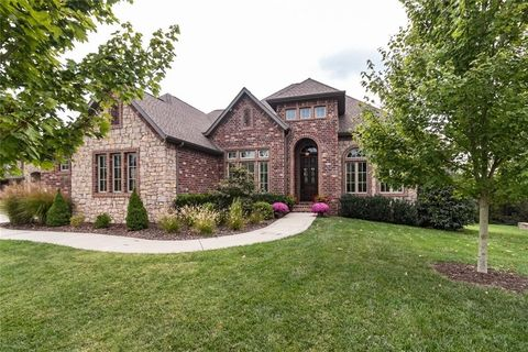 Centerton AR Homes With Special Features