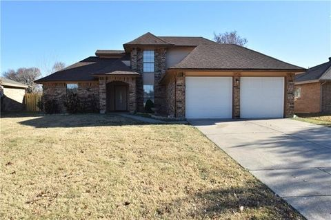 4401 Amherst Ln  Grand Prairie  TX 75052. Grand Prairie  TX 4 Bedroom Homes for Sale   realtor com
