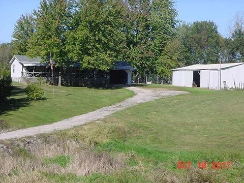9734 E Worland Rd, Bruceville, IN 47516