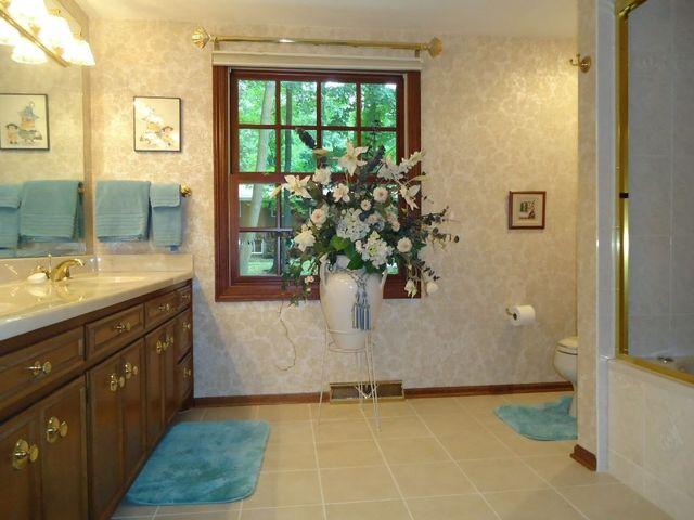 Bathroom Remodeling Wausau Wi 1020 parcher st, wausau, wi 54403 - realtor®