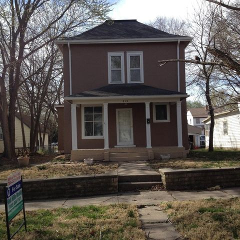 junction city black singles 1 bedroom apartment - welcome home to the bluffs single car garage conveniently located just minutes from downtown junction city, fort riley, i70 a.