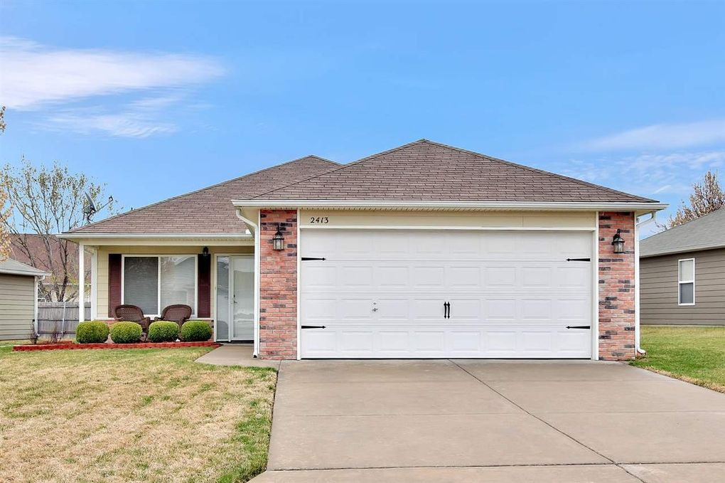 2413 E Conquest St, Wichita, KS 67219