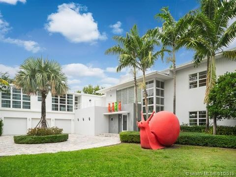 Page 19 Miami Beach Fl Waterfront Homes For Sale Realtor Com