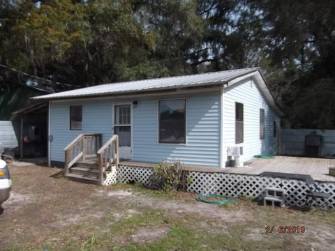 Photo of 102 Pate St, Perry, FL 32348