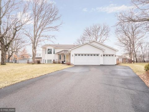 Photo of 14190 Drake St Nw, Andover, MN 55304