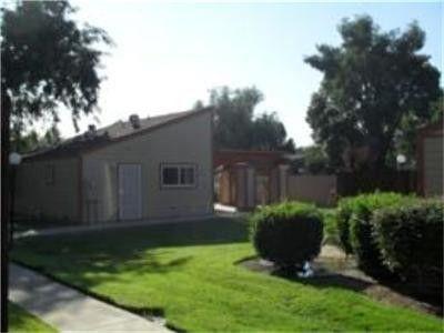 640 S Zediker Ave, Parlier, CA 93648