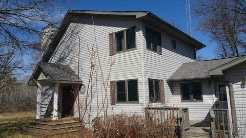 Photo of N3907 14th Ct, Montello, WI 53949