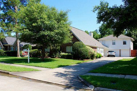 1018 Forestburg Dr, Spring, TX 77386