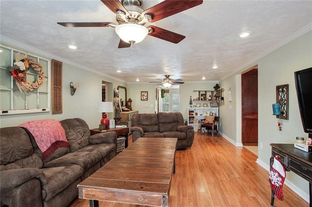 2750 W Sale Rd Lake Charles LA 70605