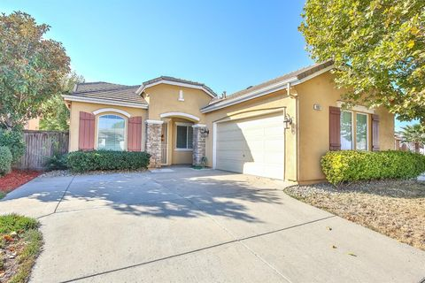 Photo of 9357 Oreo Ranch Cir, Elk Grove, CA 95624