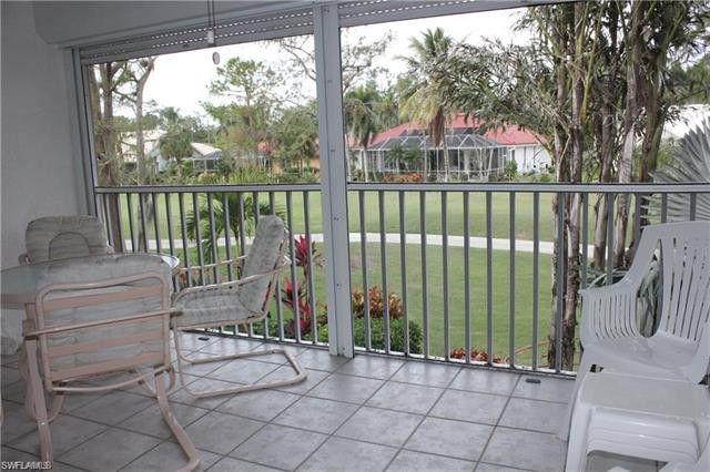5904 Cranbrook Way Apt J206, Naples, FL 34112