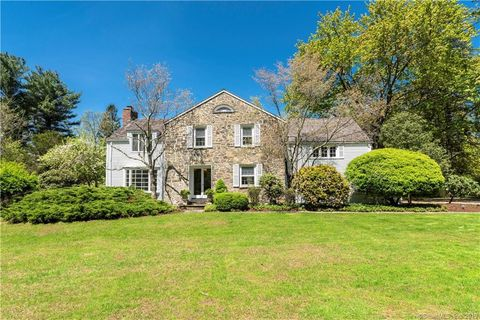 Photo Of 36 Old Academy Rd Fairfield Ct 06824